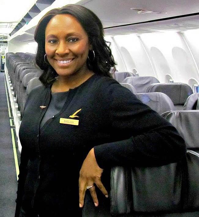 Hero Flight Attendant Sheila Fedrick Saves Young Girl -2258